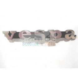 Targhetta logo fregio interasse piolini 80 mm Piaggio Vespa fino al 1981